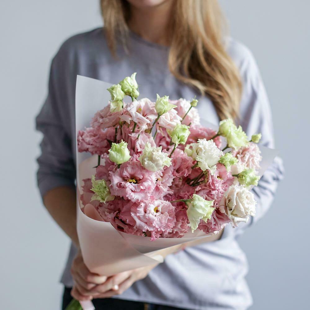 Букет розовых эустом