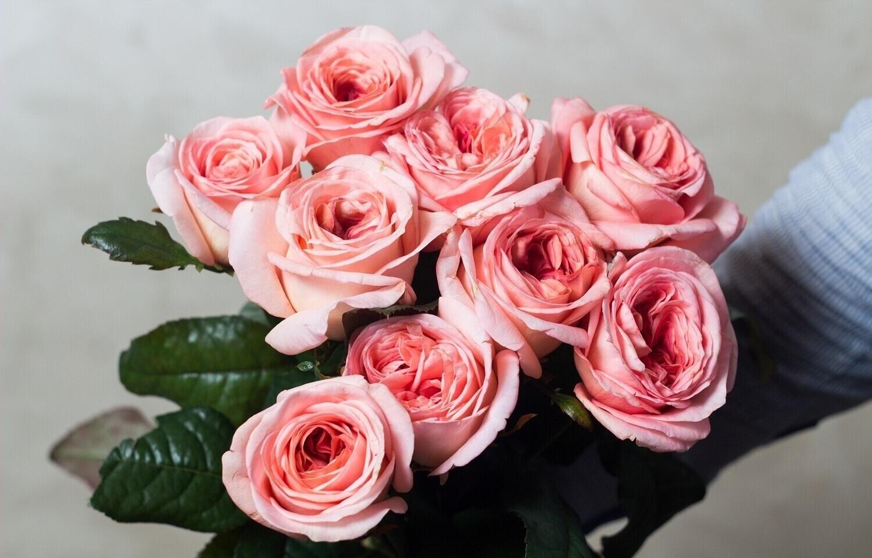 """Букет нежно - розовых пионовидных роз """"Теят"""""""