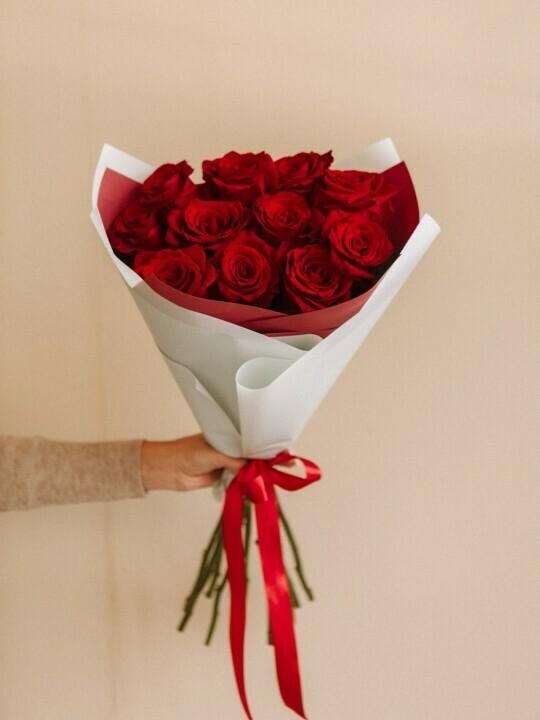 11 роз Эксплорер 60 см