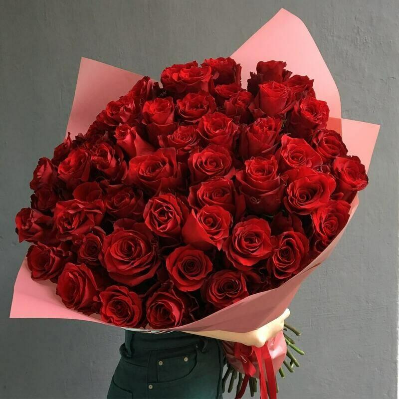 49 красных роз Эксплорер 60 см