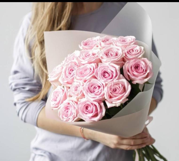 15 нежных роз Эквадор