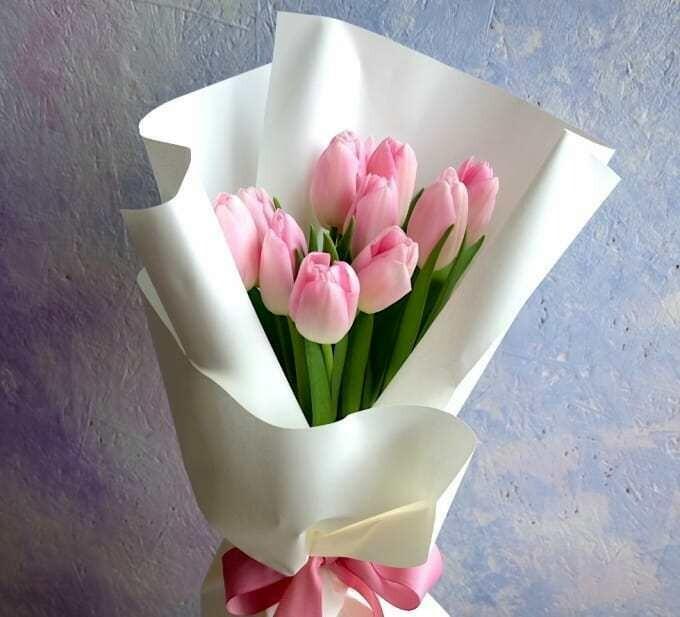 9 нежных тюльпанов