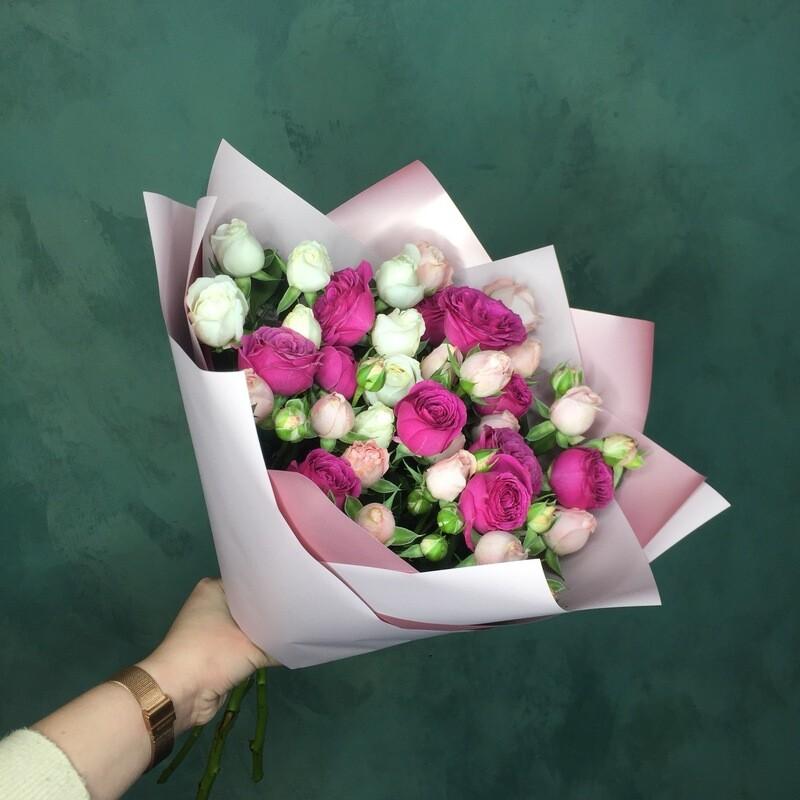 Букет кустовых роз «Микс»