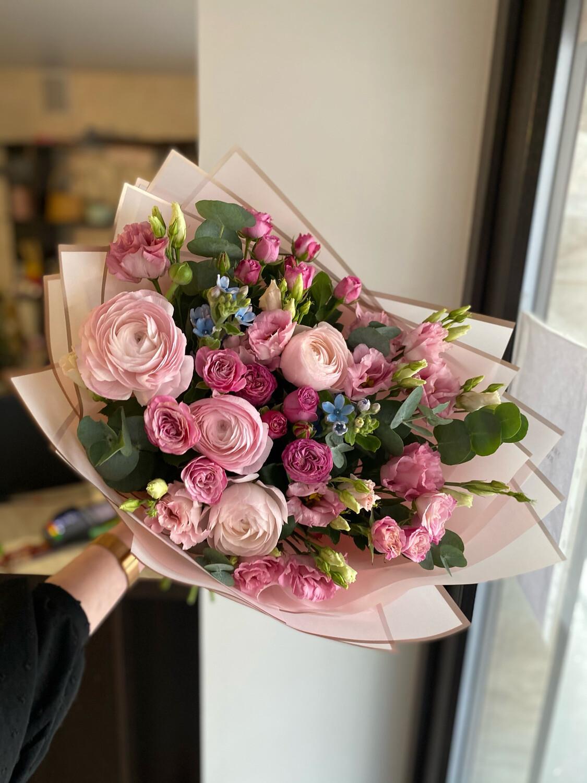 Авторский букет цветов «Буаселье»