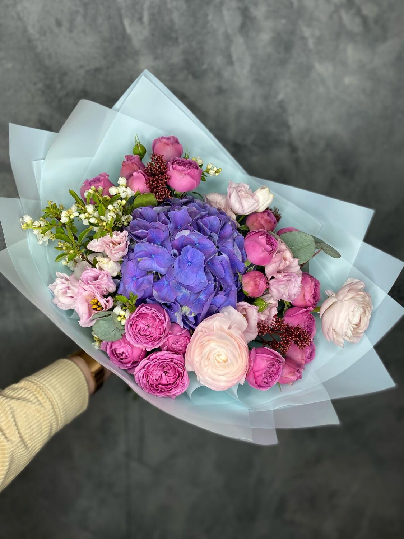 Авторский букет цветов «Виардо»