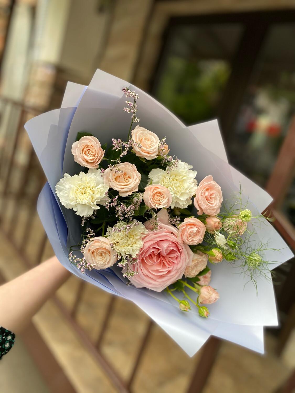 """Авторский букет цветов """"Дамаск"""""""