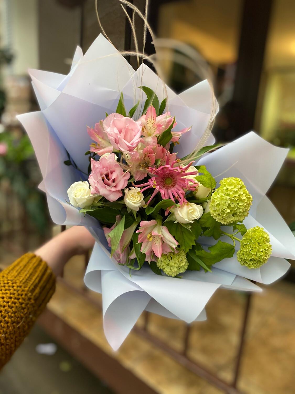 "Букет цветов ""Божен"""