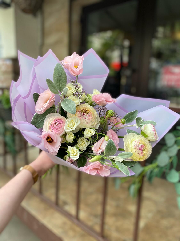 """Авторский букет цветов """"Ноелия"""" в наличии с бесплатной доставкой"""