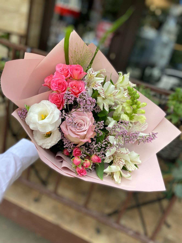 Авторский букет цветов «Салли»
