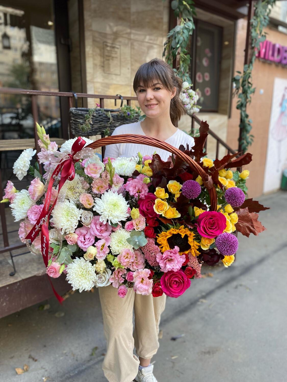 Авторская Корзина цветов «Виржини»