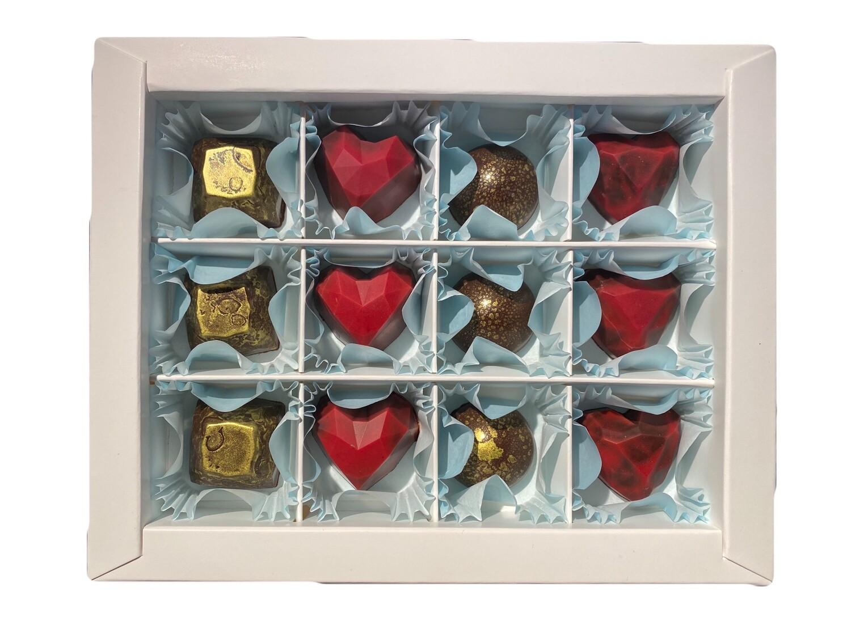 Коробка корпусных конфет 12шт.