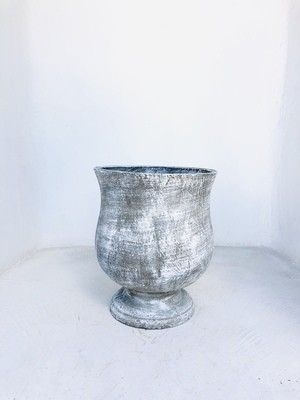 Lizelle Pot Whitewash Finish - H505mm x W420mm - 21kg