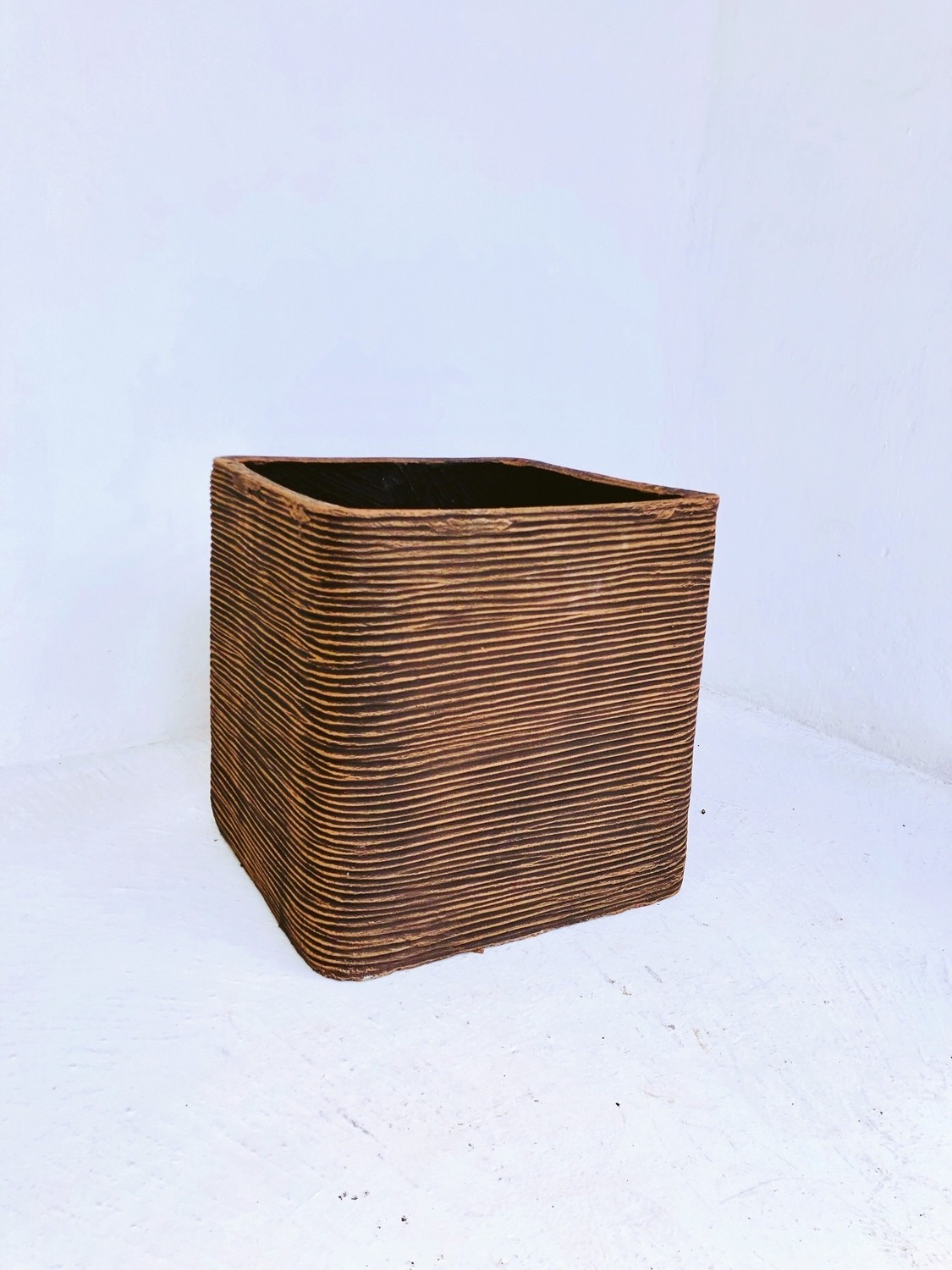 Braided Square Planter Large Mecca Brown Finish - H400mm x W400mm - 24kg
