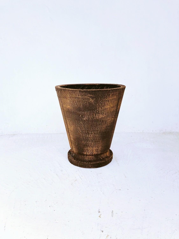 Edden Pot Medium Mecca Brown Finish - H360mm x W320mm - 9kg