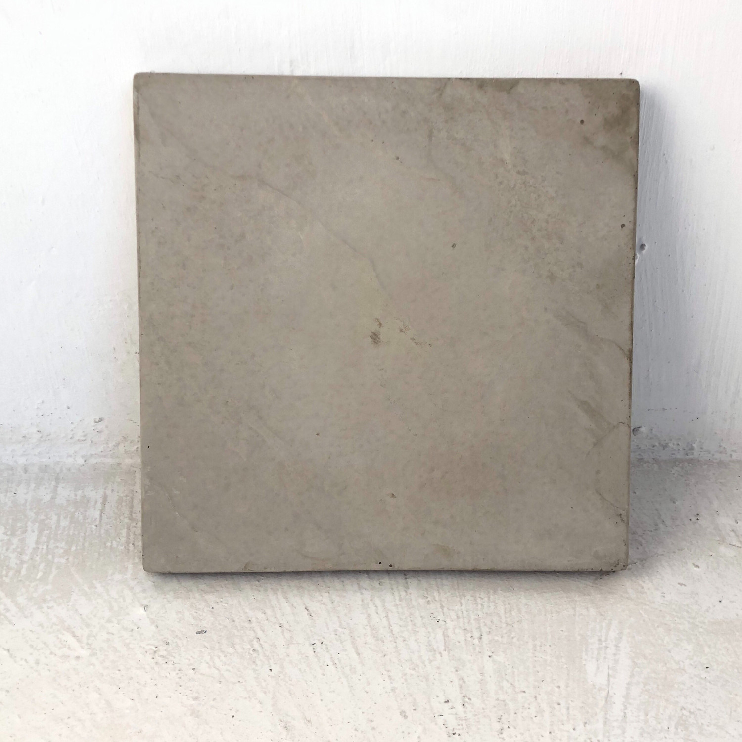 Slate Stepping Cement - 450x450x50mm - 14.6kg