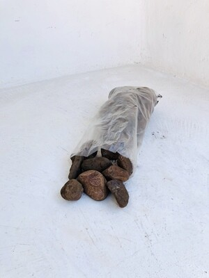 Brown Pebbles Large 50-60mm 300 x 600mm bags between 18 and 20kg