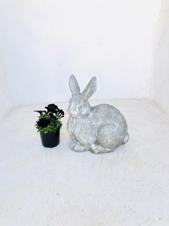 Rabbit Whitewash Finish - H425mm x W380mm - 34kg