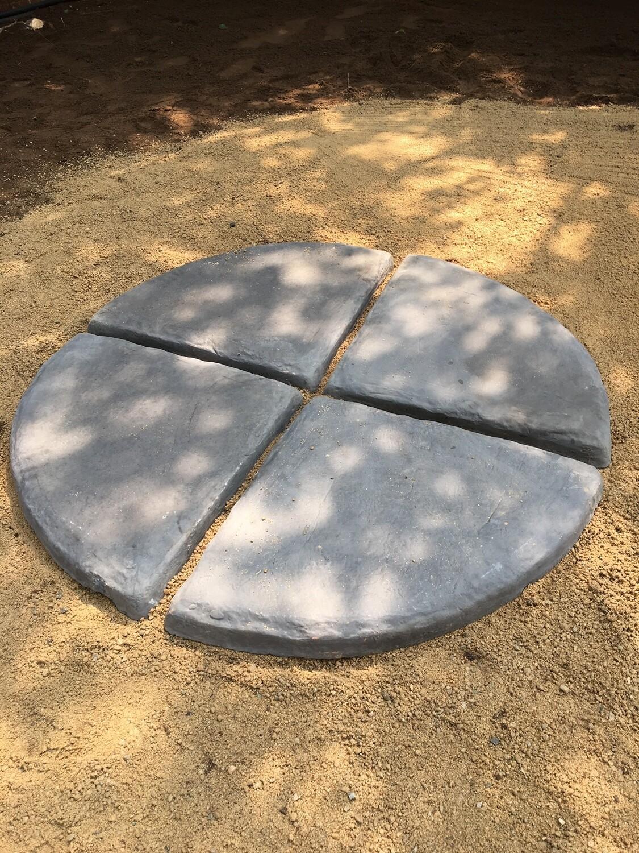 Circle Large Centerpiece Black Finish 4 tiles  1.2m with 70mm gaps