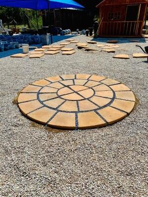 Circle Small Soft Tan finish 33 Piece (3 Rows) 1.930m with 40mm gaps. R46 per circle paver