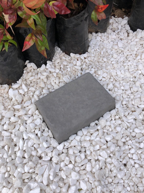 Rock Cobble Rectangle LARGE Black - 225x155x50mm - 4kg