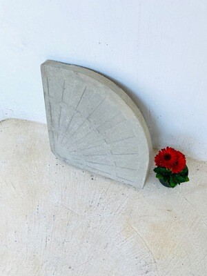 Umbrella Circle Paver Plain cement - 500x670x45mm - 17kg