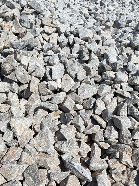 BULK Lime mini Dump Rock 50-120mm 300x600mm bags R40 per bag between 18-20kg