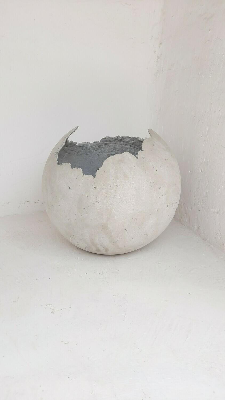 Garden Globe Round Pot X-Large Cement Finish - H500mm x W500mm - 18kg