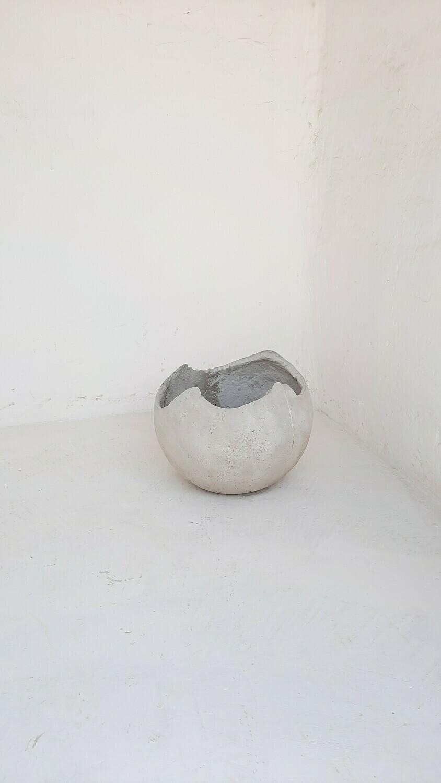 Garden Globe Round Pot Small Cement Finish - H350mm x W350mm - 7kg