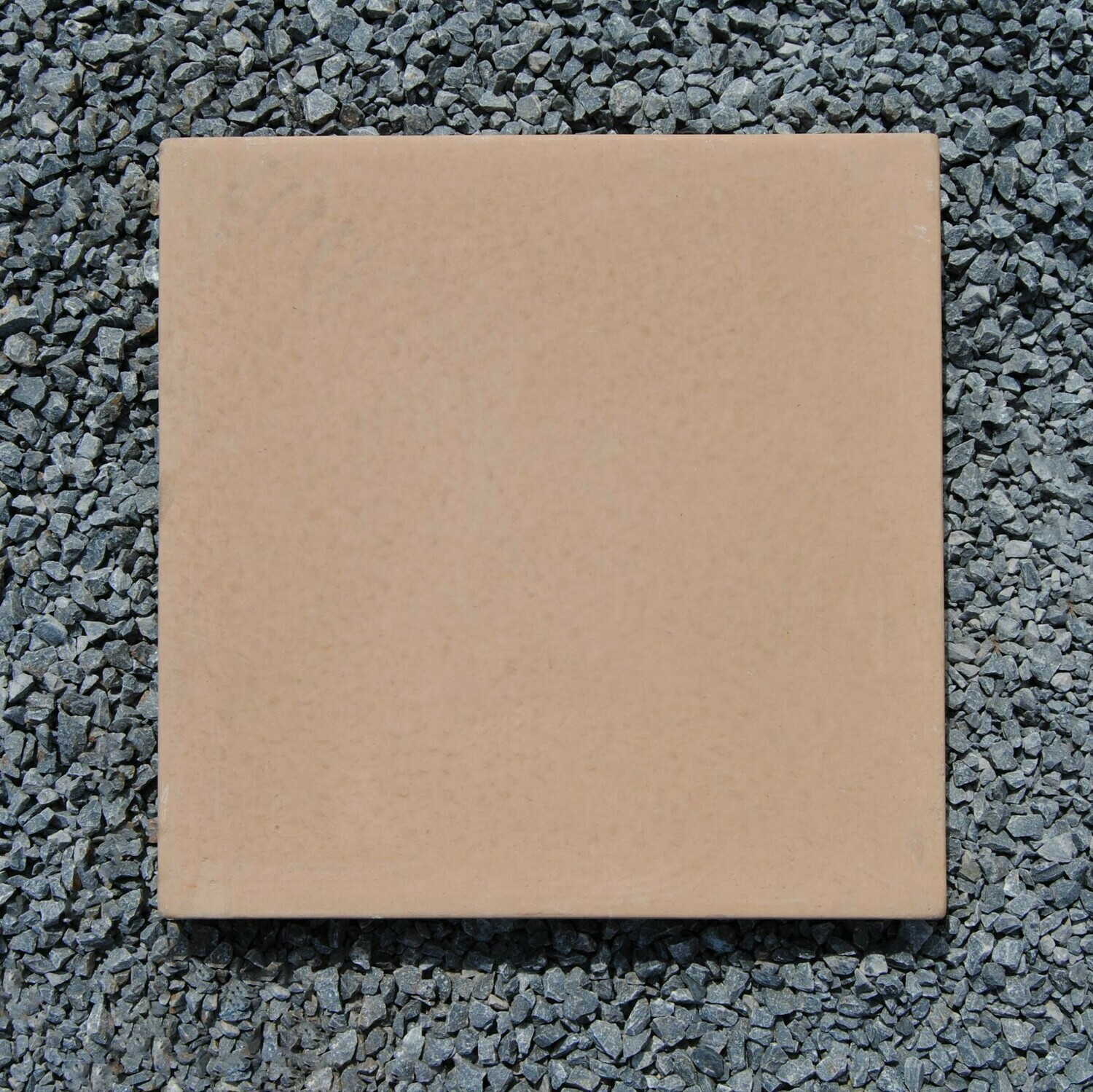 Smooth Stepping Stone Golden Tan -  450x450x50mm - 21kg