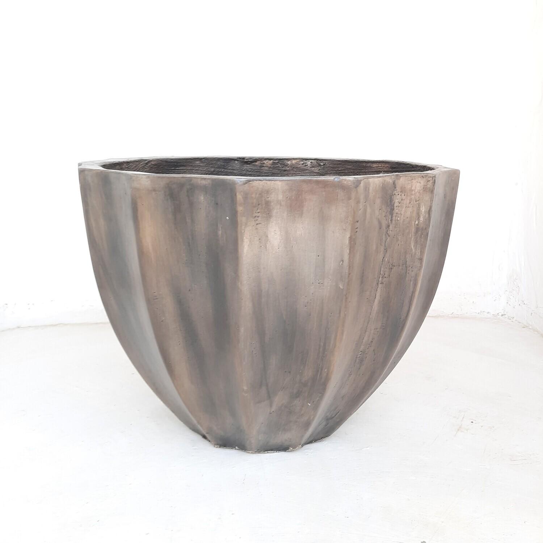 Godiva Pot Large Weathered Grey Finish - H420mm x W550mm - 17kg