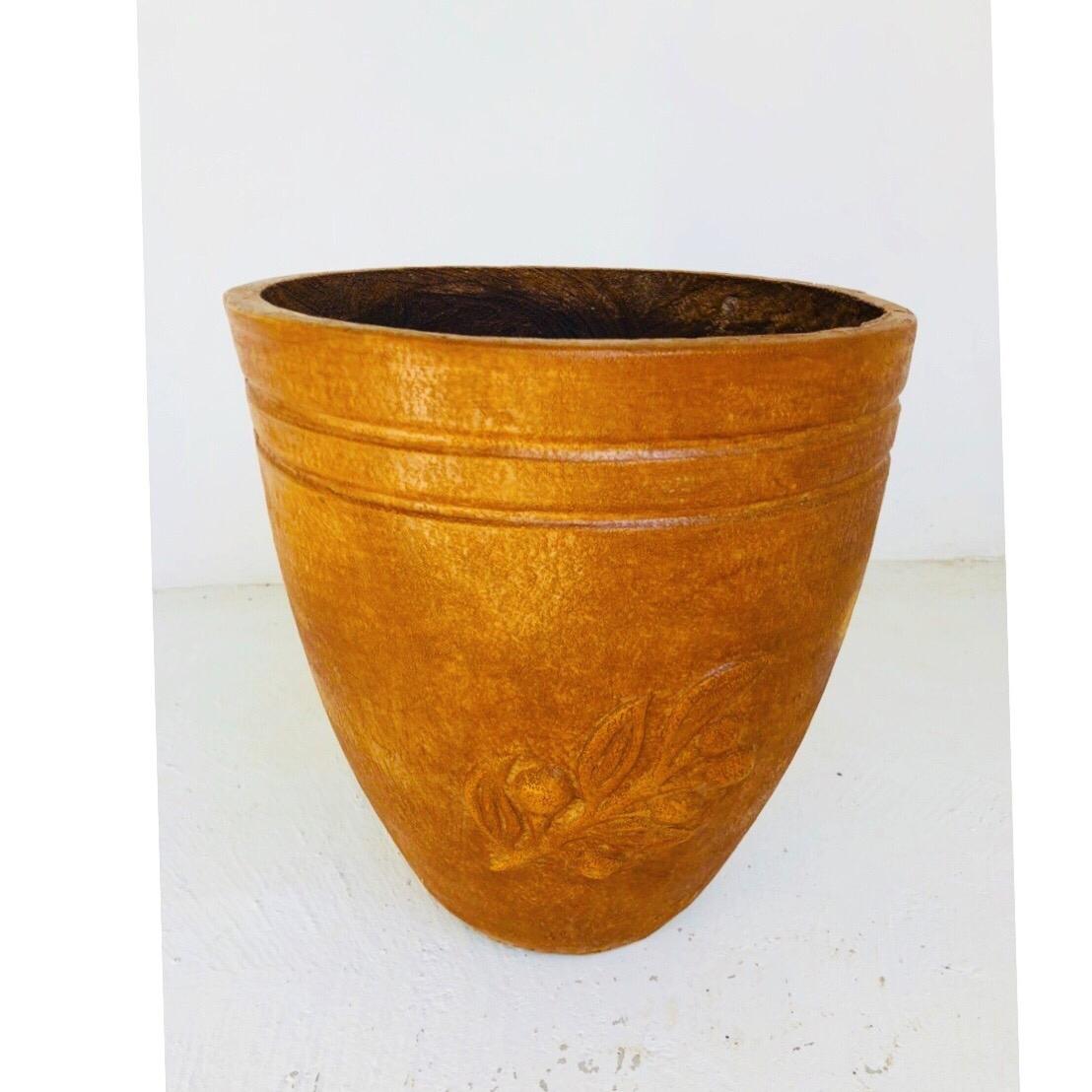 Olive Pot Large Honeyclay Finish - H460mm - 20kg