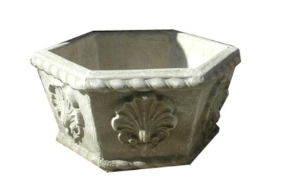 Hex Planter Small - H240mm - 16kg
