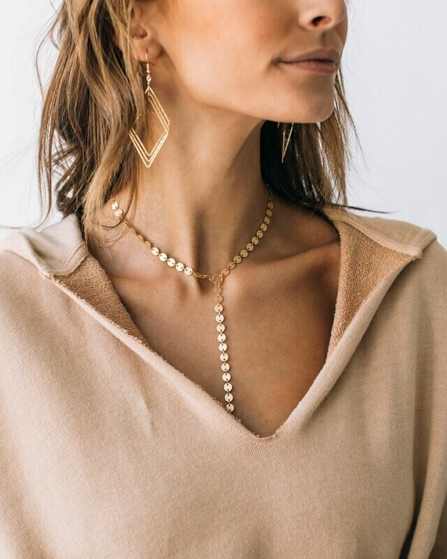 WN758 Pathway Necklace in Bright Gold