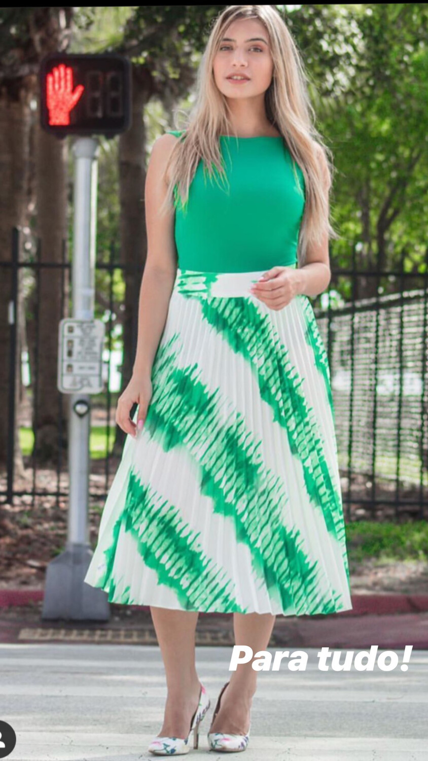 Pleated Patterned Skirt