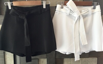 Black/White Mini Skort (Skirt/Shorts)