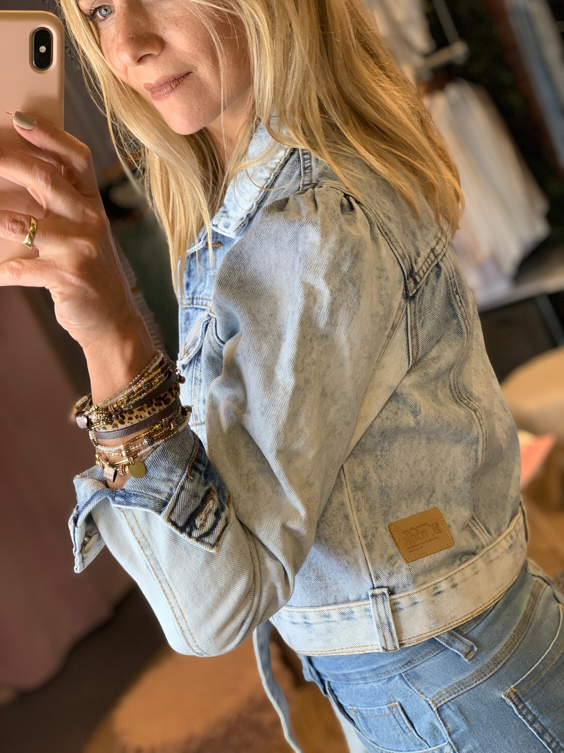 Puff Sleeves Light Wash Jean Jacket