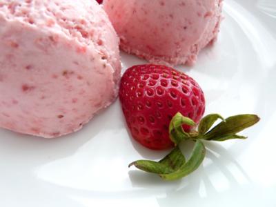 Înghețată cu capsune