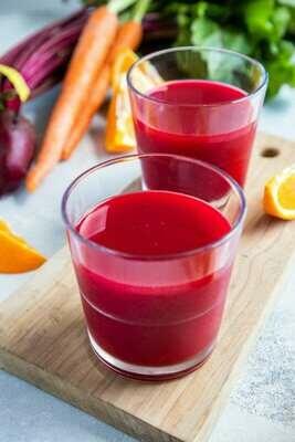 Suc natural cu sfecla rosie si portocale