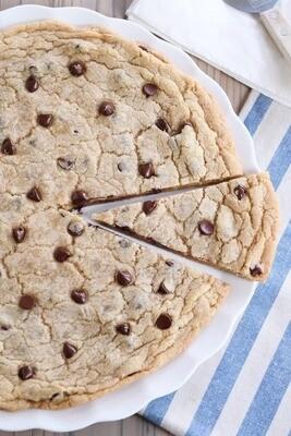 Cookie gigant cu ciocolata