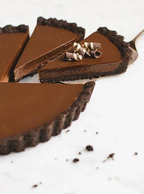 Tarta cu ciocolata si Oreo