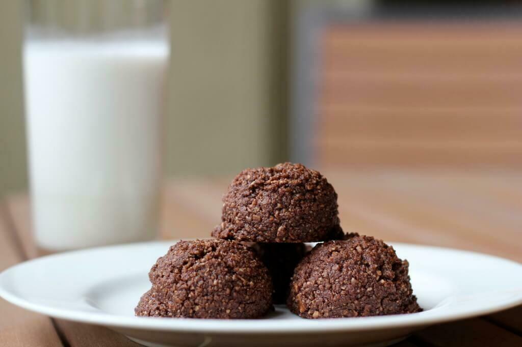 Macaroons cu ciocolata keto