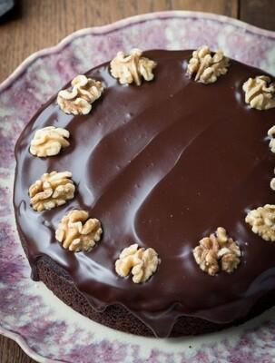 Tort de ciocolata cu nuci low-carb