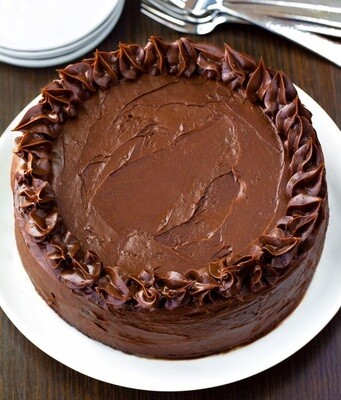 Tort de ciocolata keto cu crema de branza