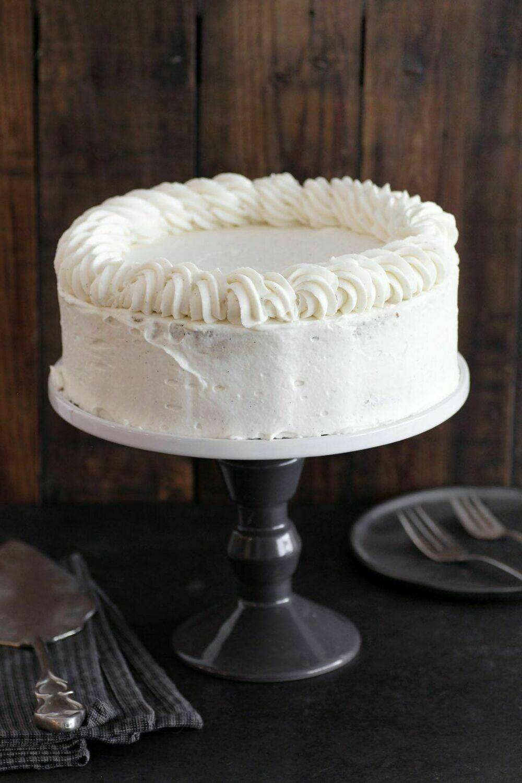 Tort artizanal de vanilie cu mascarpone