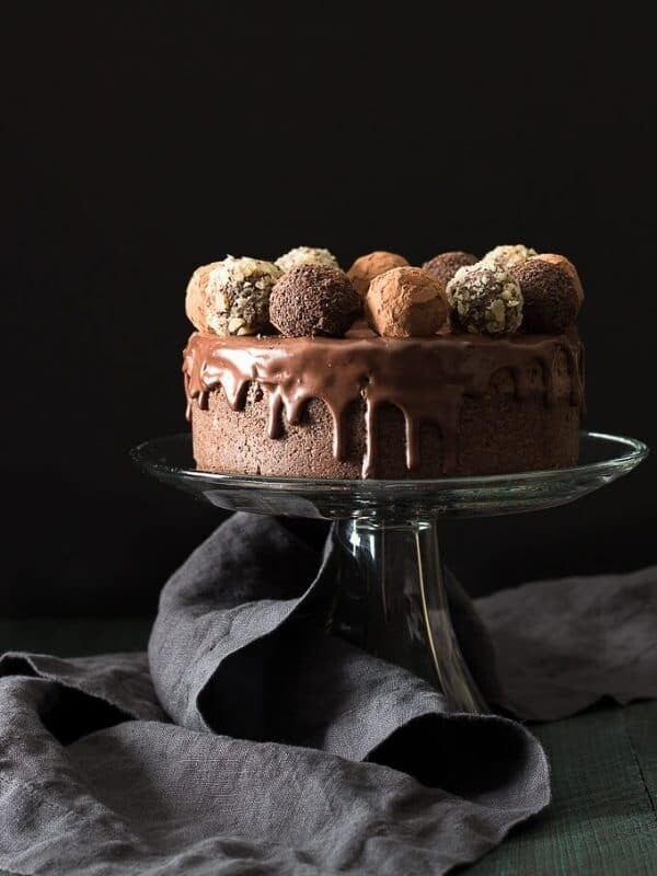 Tort de ciocolata cu trufe low-carb
