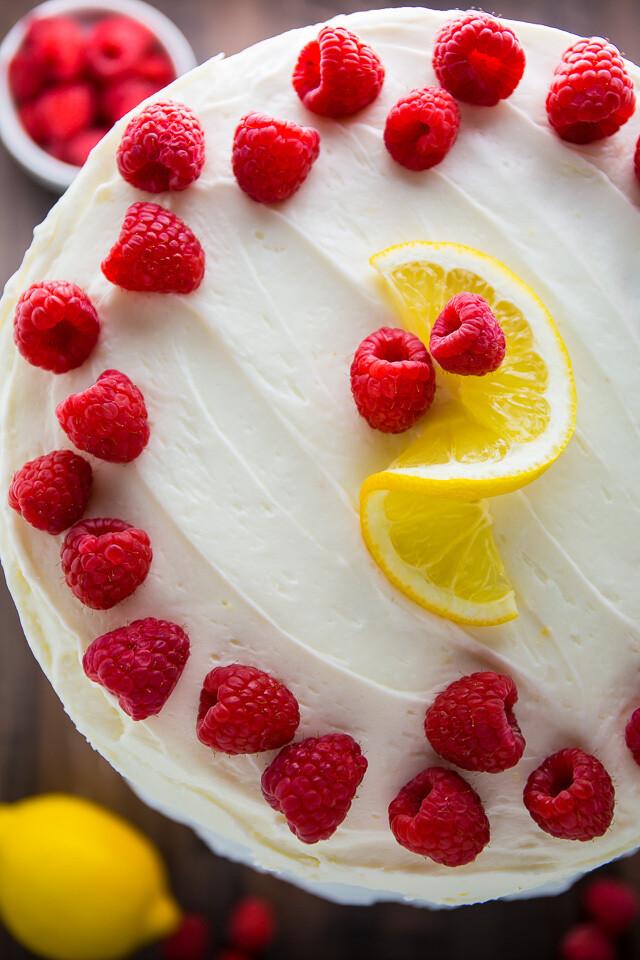 Tort cu zmeura si lamaie