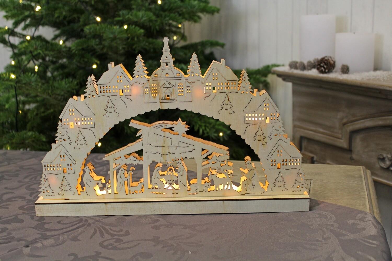 Houten boog met kerststal en verlichting