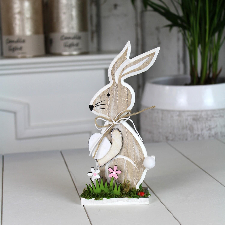 Houten konijn met ei