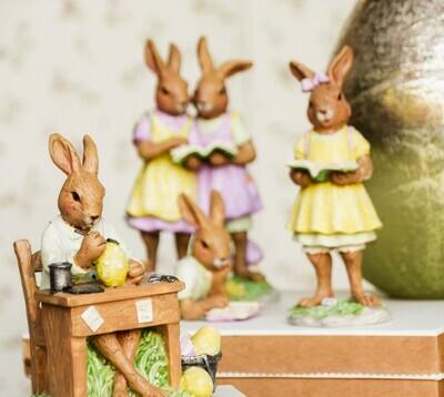 Bunny aan werktafel, lila/geel
