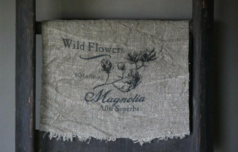 Doek shabby Magnolia 30 x 45 cm